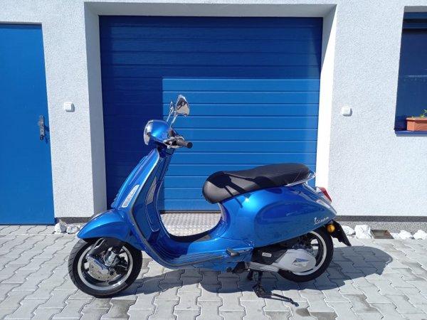 Předváděcí motocykl Vespa Primavera 125 ie ABS E5 modrá