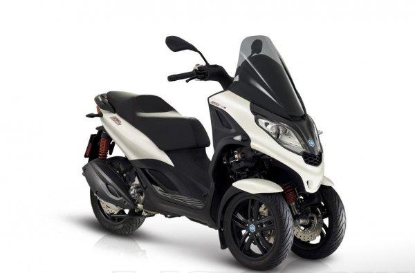 Piaggio MP3 LT SPORT 300HPE, předváděcí moto