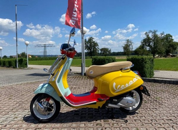 Vespa SEAN WOTHERSPOON E4 125ie ABS